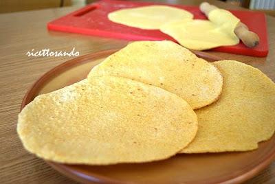 Tortillas messicane ricetta base per le classiche cialdine