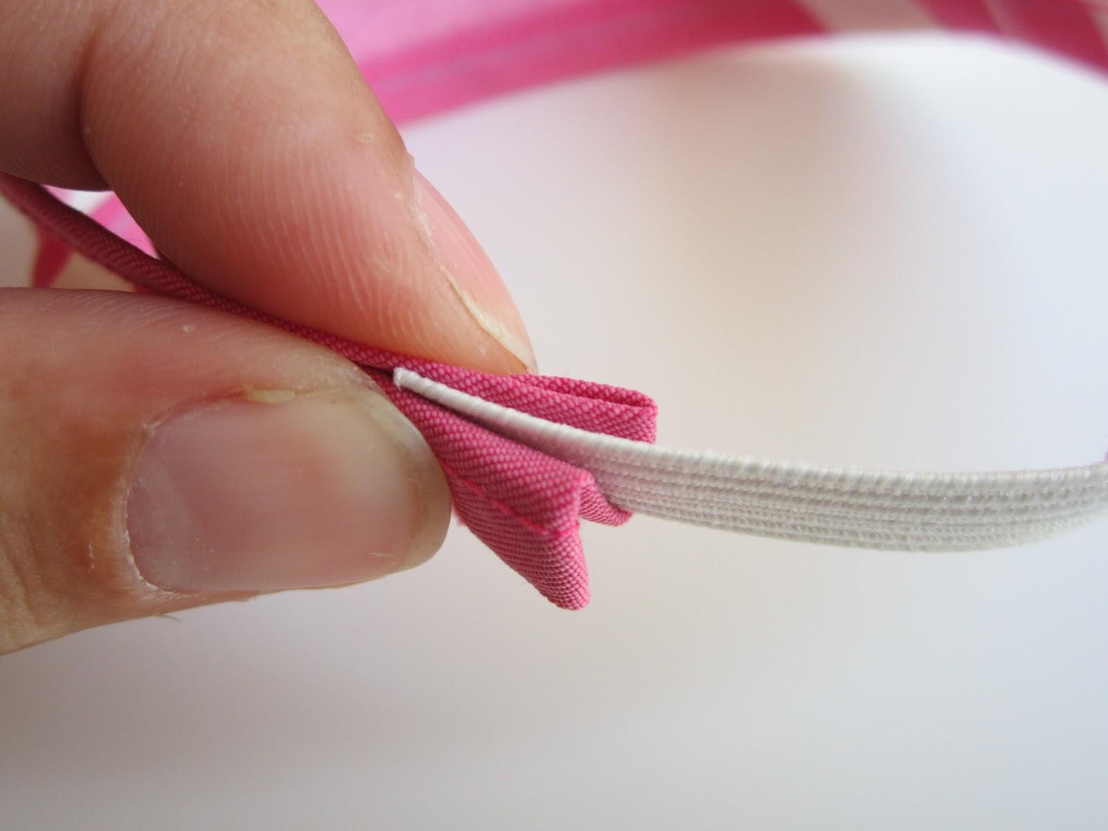 mis nancys, mis peques y yo, tutorial turbante para nancy, colocar la goma