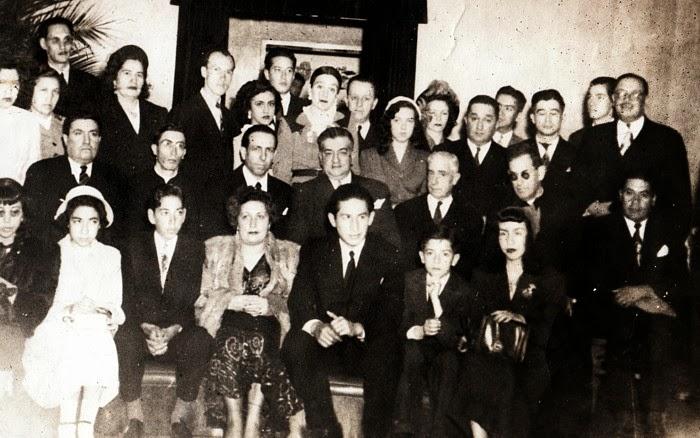 Socios  y familiares del Club Científico Social Vegetariano Bogotá 1951