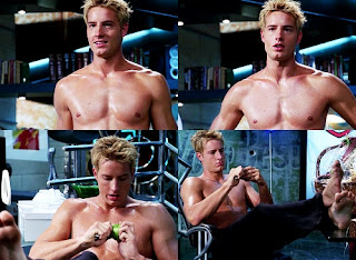 Oliver Queen shirtless from Smallville