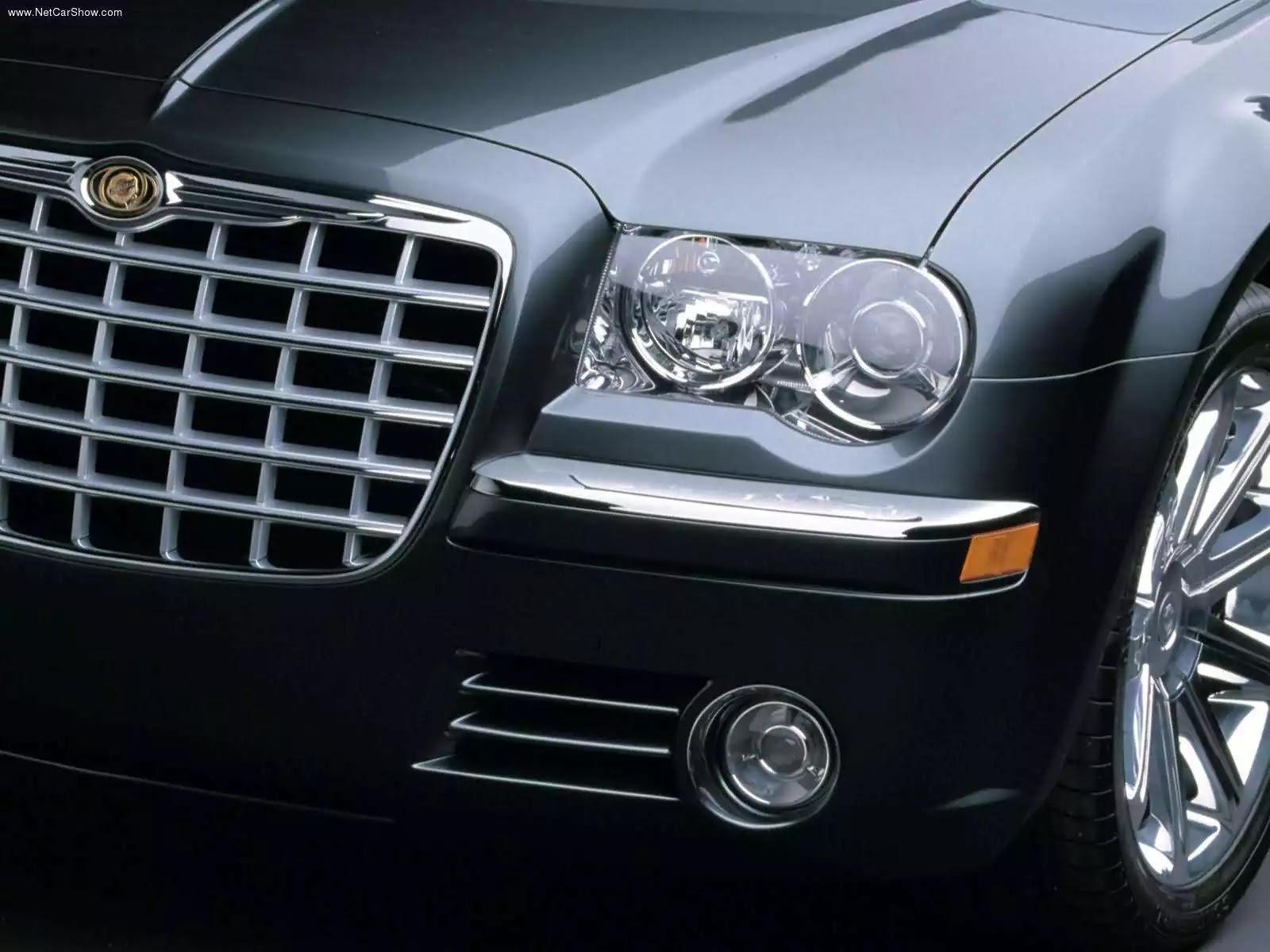 Hình ảnh xe ô tô Chrysler 300 2005 & nội ngoại thất