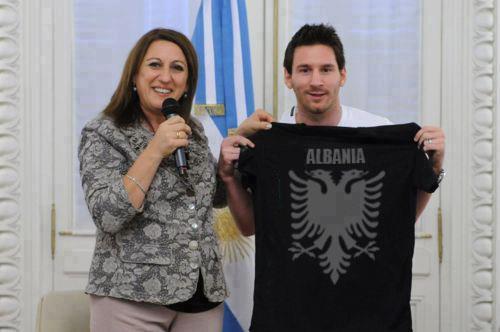Lionel Messi fa gli auguri all'Albania per i 100 anni di indipendenza