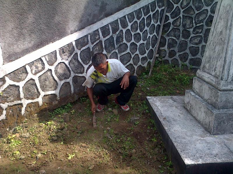 Makam Pa Van der Steur