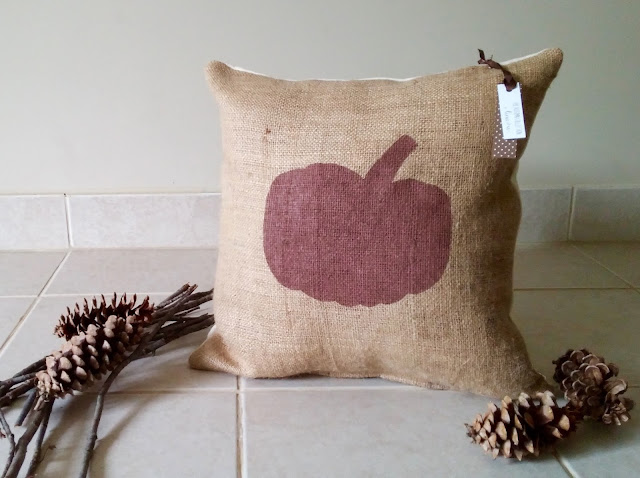 Pumpkin burlap pillow - Linaandvi