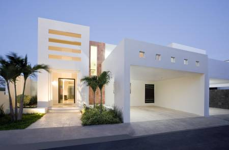 Fachadas minimalistas elegante fachada minimalista con for Cocheras minimalistas
