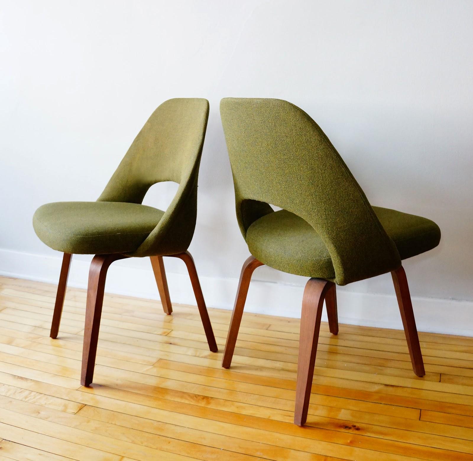 Eero Saarinen Side Chairs