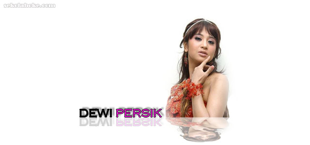 Descriptive Text Penyanyi Dewi Persik