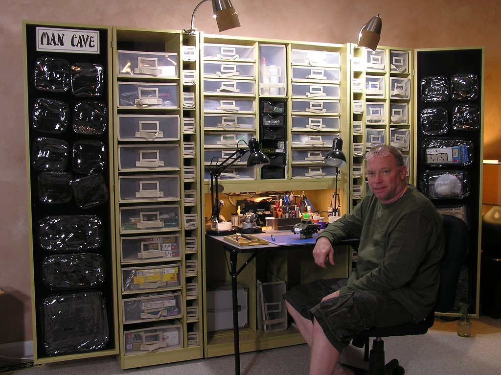 allied armor january 2013. Black Bedroom Furniture Sets. Home Design Ideas