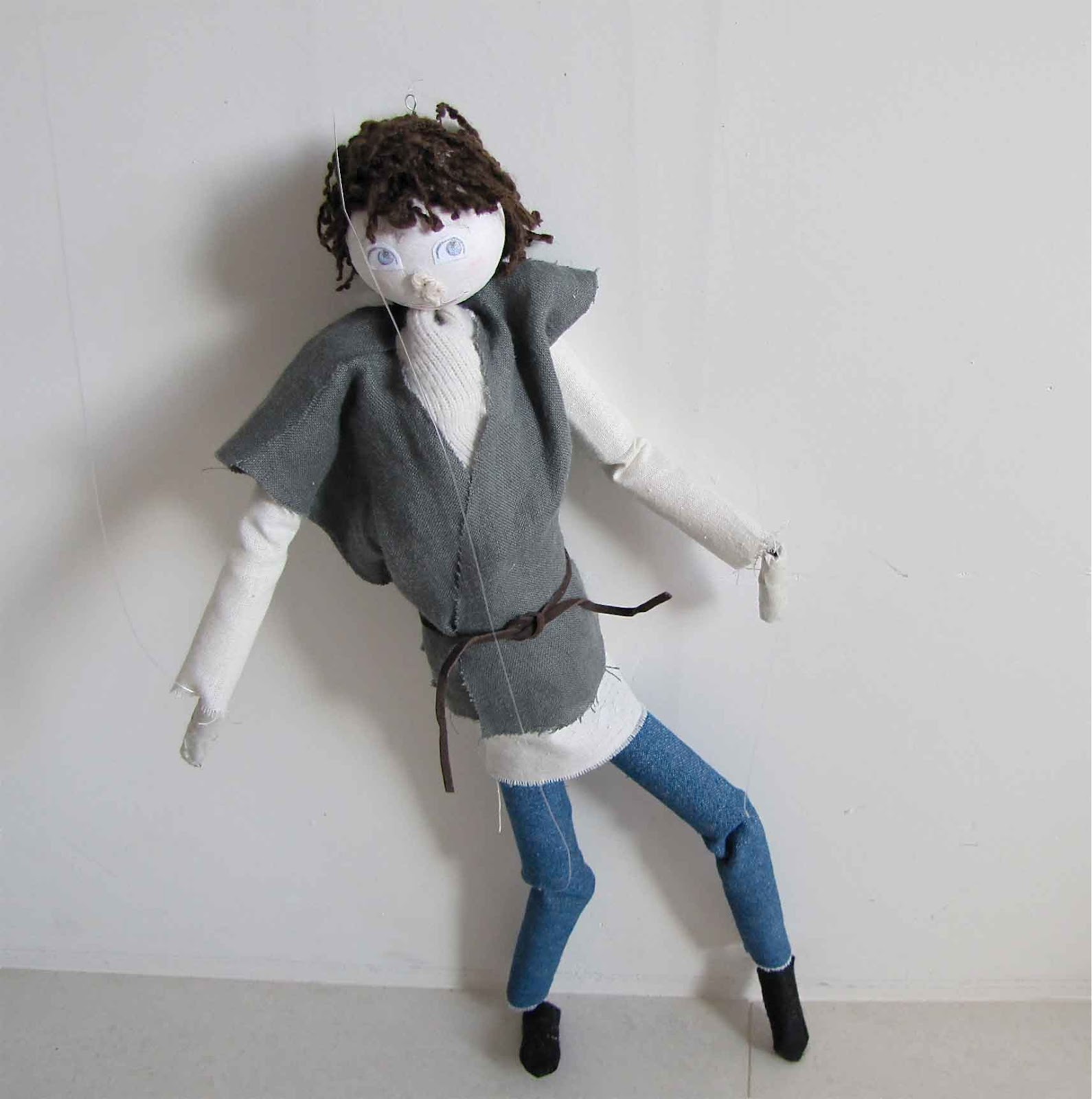 how to make a marionette puppet