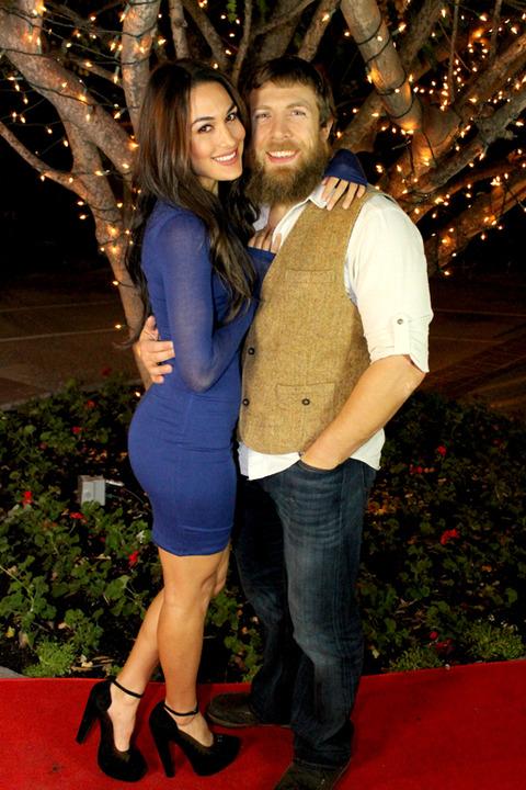 John Cena y Nikki Bella asisten juntos a una reunión escolar de ex ...
