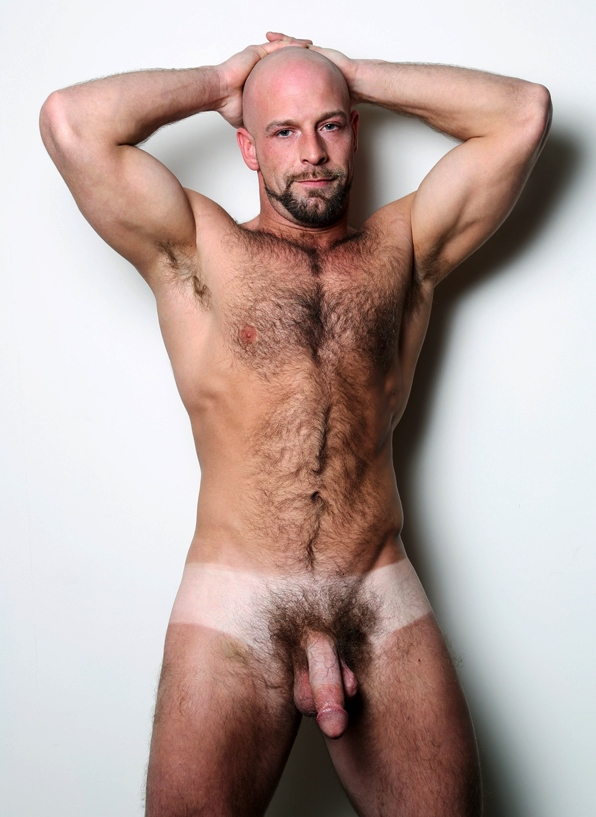 http://4.bp.blogspot.com/-2fKMRoUzJp4/UWQ7DChx76I/AAAAAAABAC8/fdaK22VKt4E/s1600/tan+lines+Dirk-Willis-11.jpg