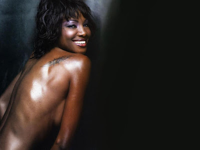 Youma Diakite Topless Wallpaper