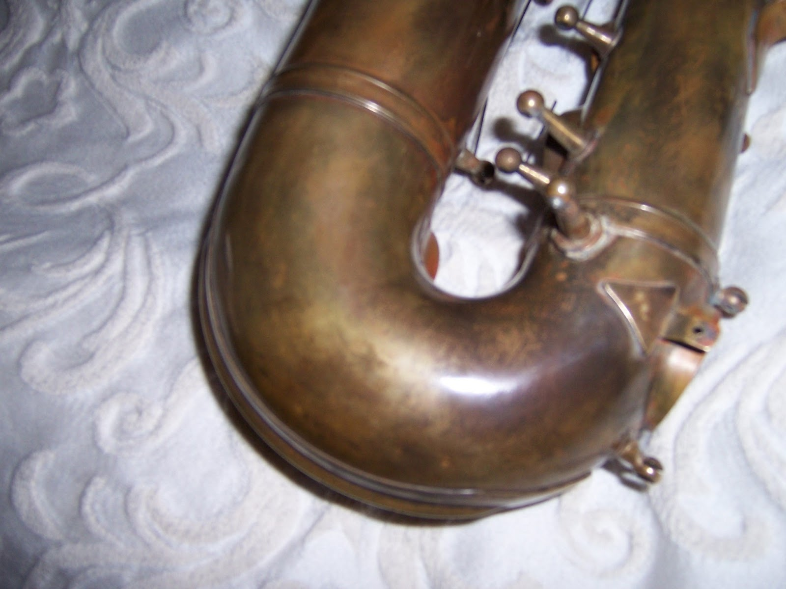 stuff sax removing lacquer from a brass saxophone and applying a patina. Black Bedroom Furniture Sets. Home Design Ideas