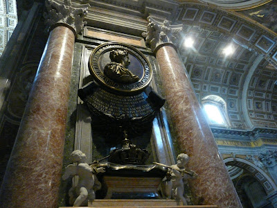 Inside-St-Peter's-Basilica-Rome-Italy