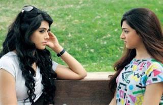 التفسير النفسي لحركات البنات اللاإرادية  - بنات فتيات اصدقاء الصداقة الاصدقاء - girls friends