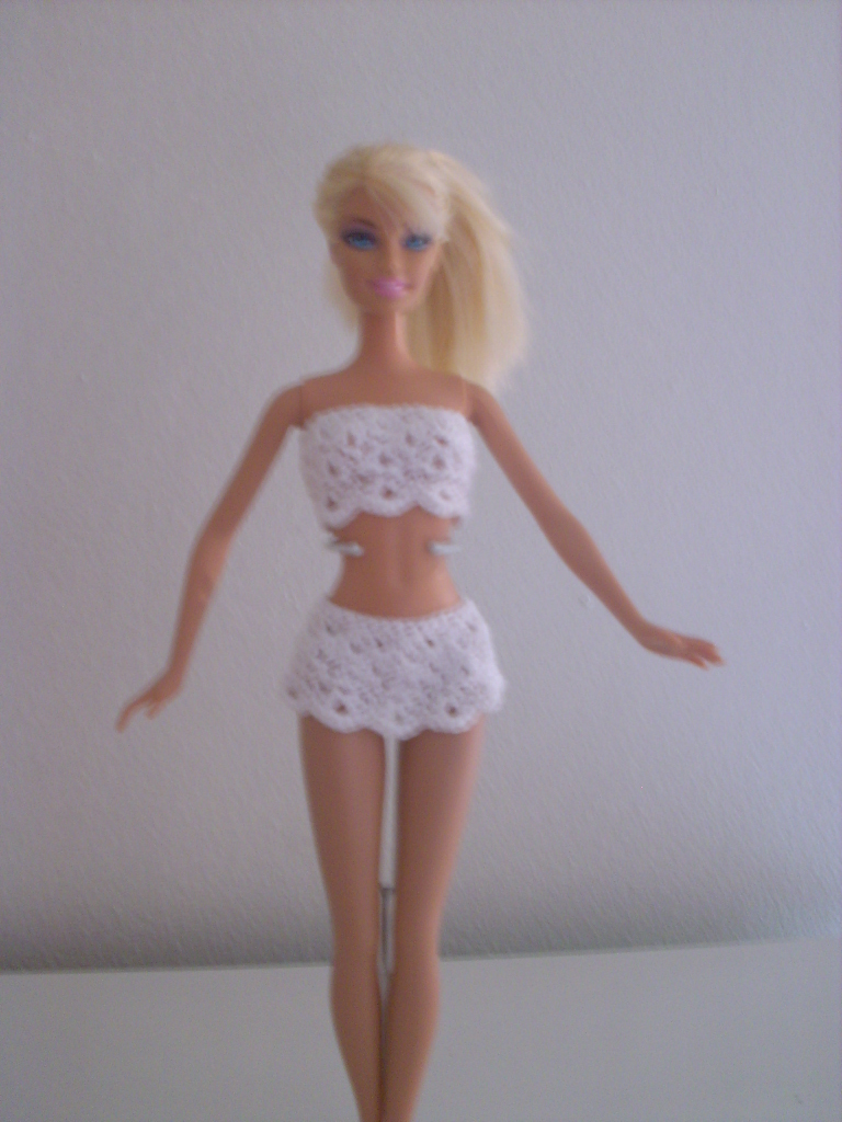 Crochet for Barbie (the belly button body type): White Shell Swimsuit