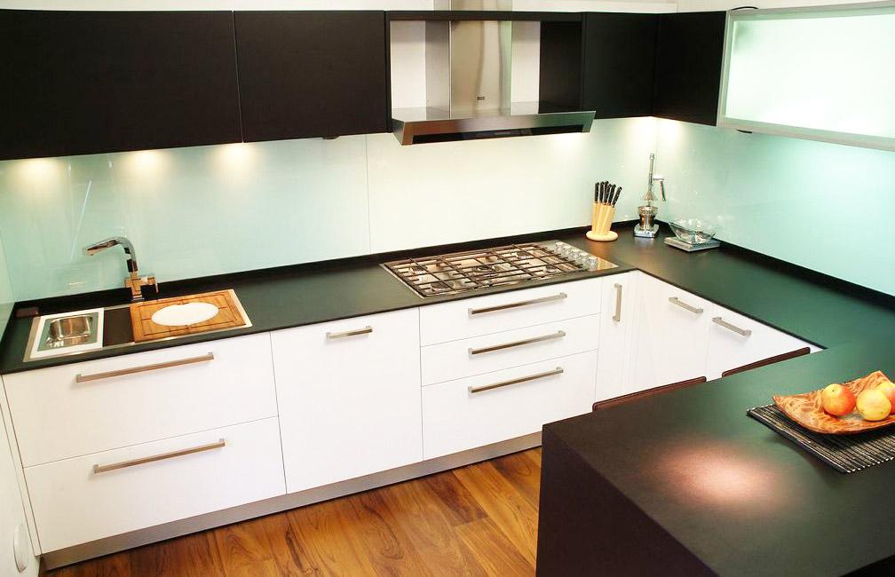 Offerte cucine: prezzi e arredamento della cucina.: top della ...