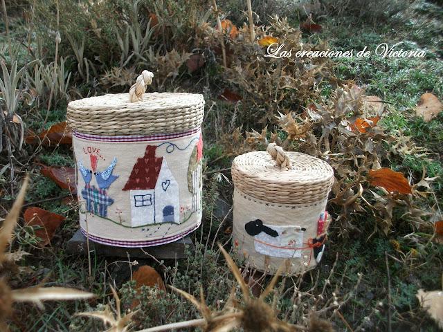 Las creaciones de Victoria. Patchwork. Cubre cestas estilo country