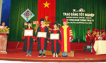 tuyen-sinh-cao-hoc-nganh-cong-nghe-thong-tin-nam-2015