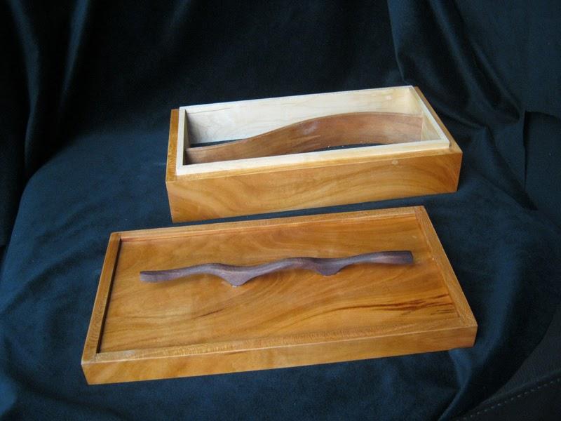 Thewoodworkersattic doosje uit inlands kers opknapbeurt for Een doosje vol geluk waar te koop