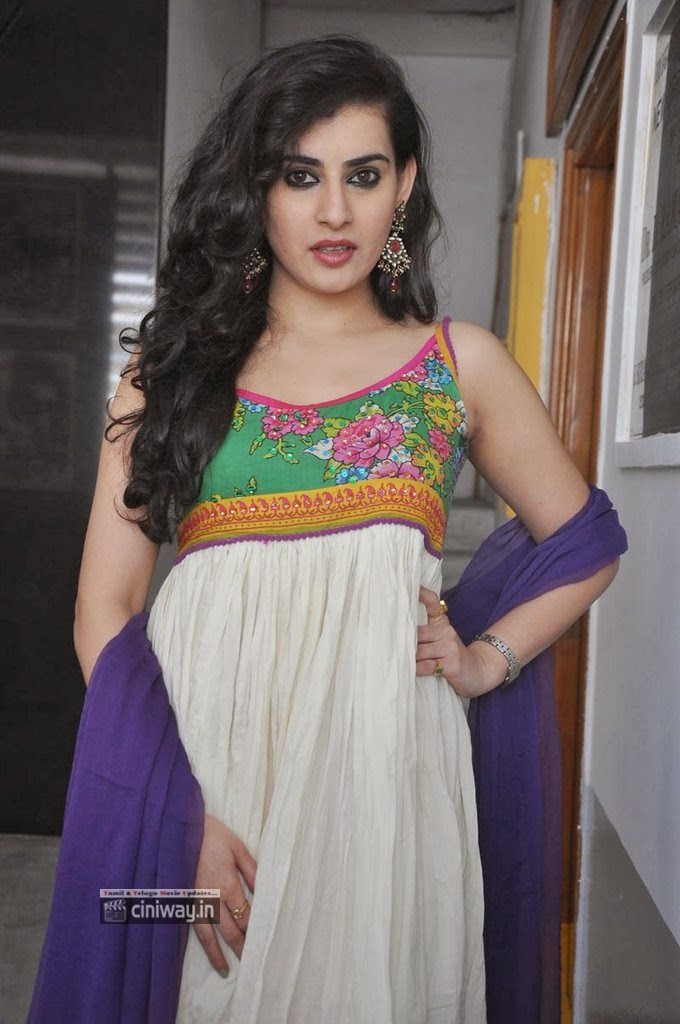 Archana-New-Photo-Stills