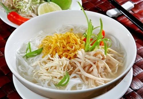 Hanoi Chicken Vermicelli Soup (Bún Thang)1