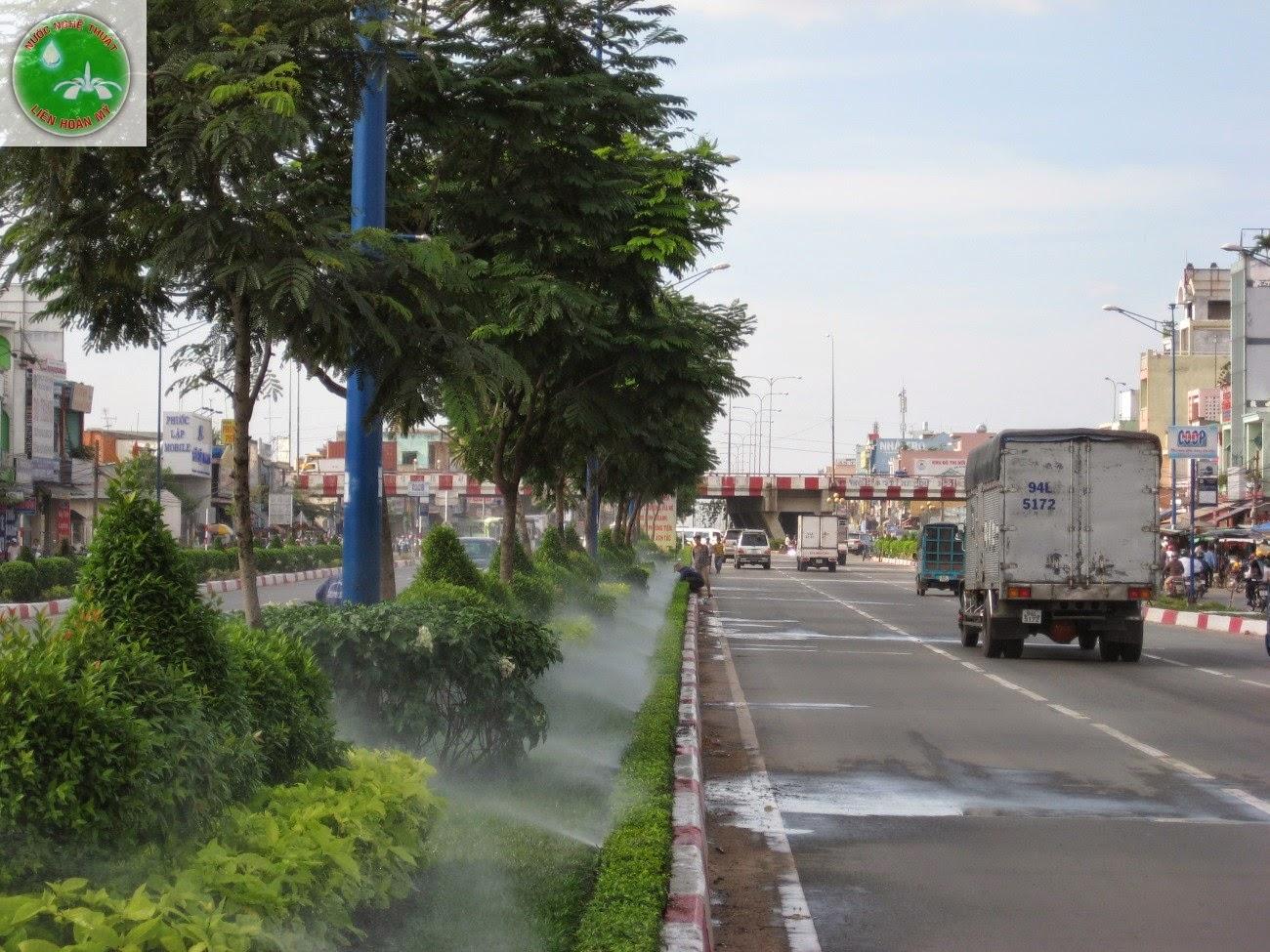 Hệ thống tưới tự động đường trường chinh