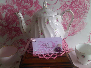 Sadler Rose Teapot