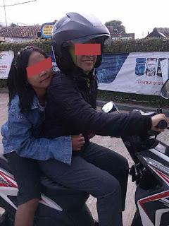 Pentingnya Seorang Istri Bisa Mengendarai Kendaraan