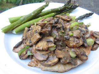 Jaegerschnitzel {Pork Cutlet with Mushroom Gravy} #Dairyfree