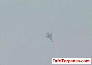 Video - Jet Tempur China Terjatuh Saat Lakukan Atraksi Udara