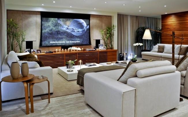 decoracao home theater ambientes pequenos : decoracao home theater ambientes pequenos:Móvel de tv com madeira ripada – lindo! Veja como ficou ótimo com o