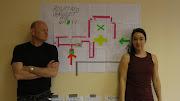Samen met Betsy Torenbos voor de werktekening. in het Tuntlerhuis Ter Apel (achterflap boekje )
