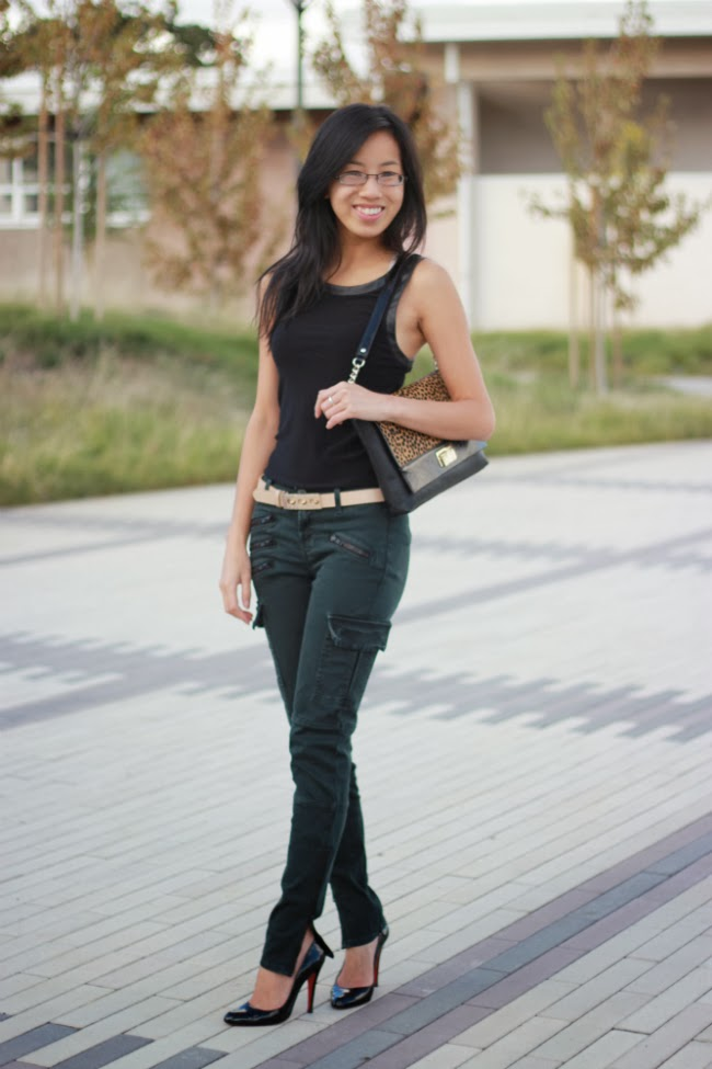 fall outfit olive skinnies black leather top