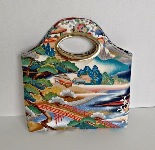 http://so-sew-easy.com/free-bag-pattern-turning-japanese/