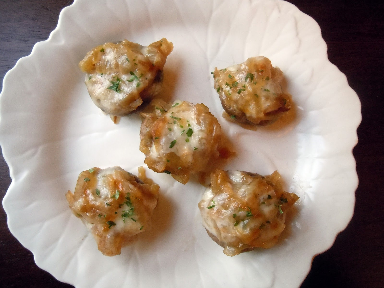 The Savvy Kitchen: French Onion Soup Stuffed Mushrooms