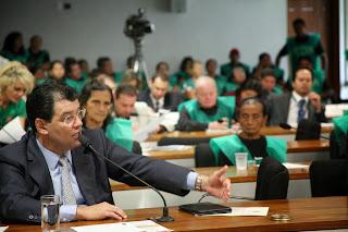 Braga defende benefício aos soldados da borracha no Senado