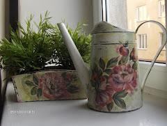rynienka i konewka-gadzeciki do kwiatuszków