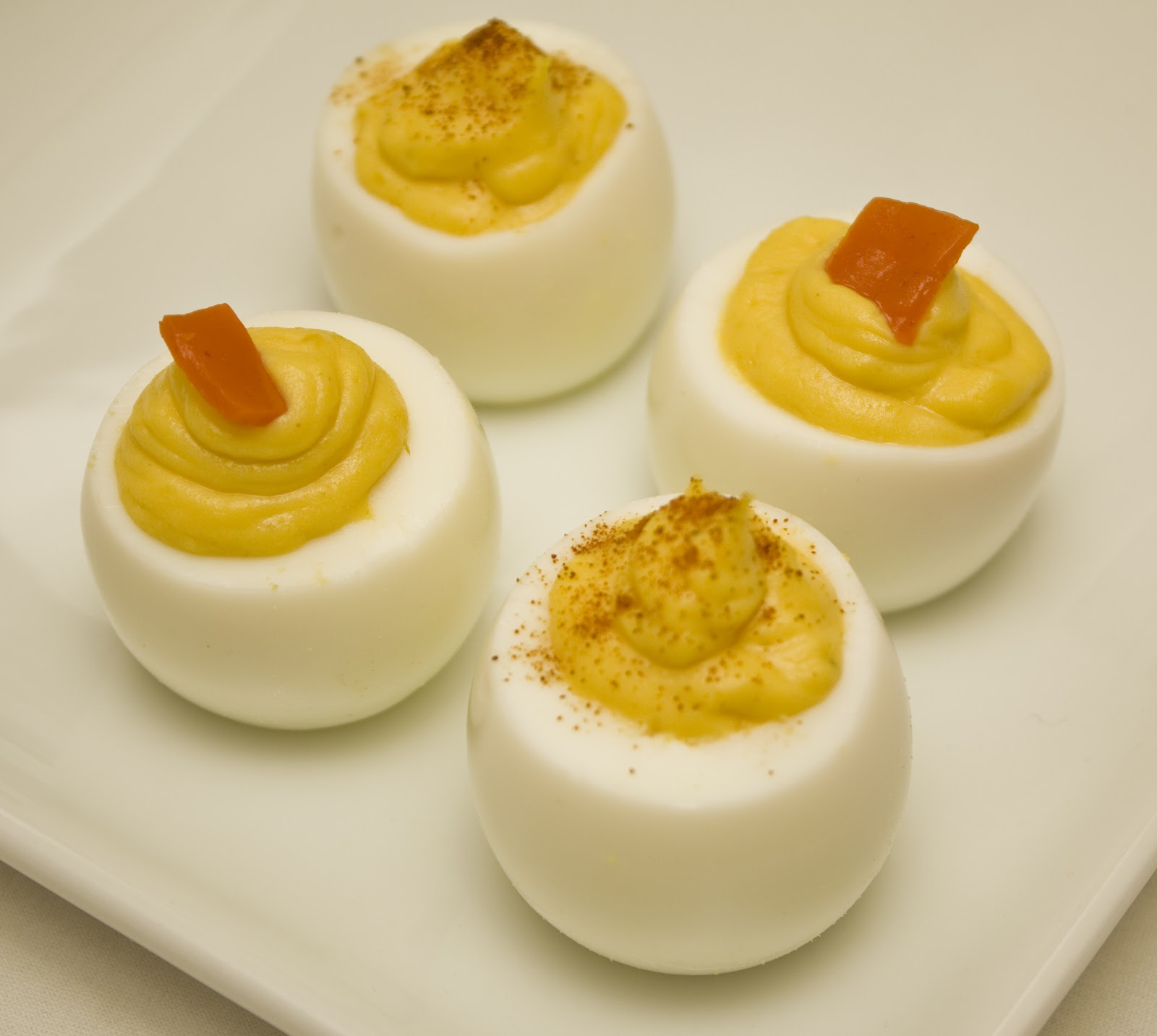 Chow Down Seattle: RECIPE: Classic Deviled Eggs