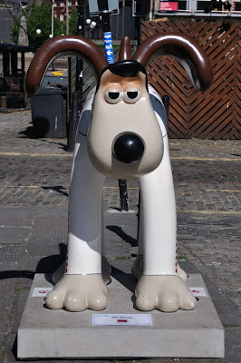 The King Gromit (front view)