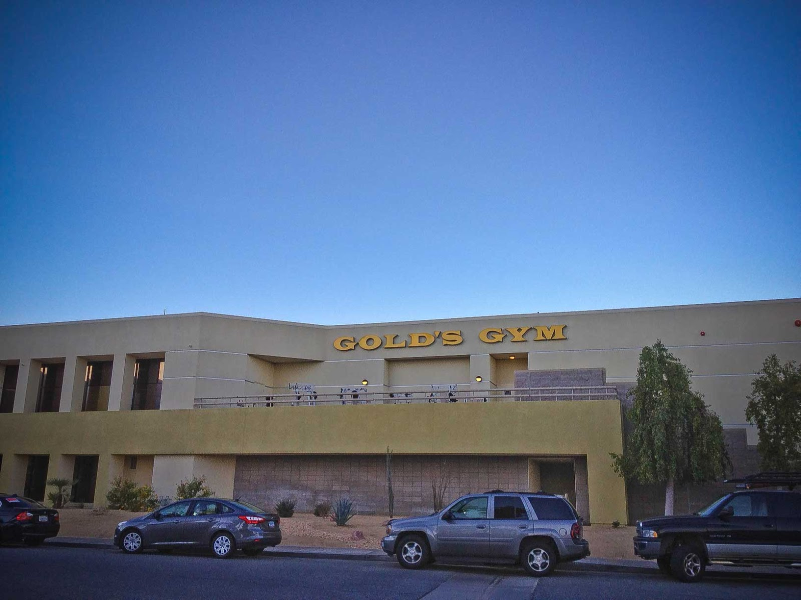 gold gym palm springs Gold's Gym jumps on the anti gay marriage bandwagon.