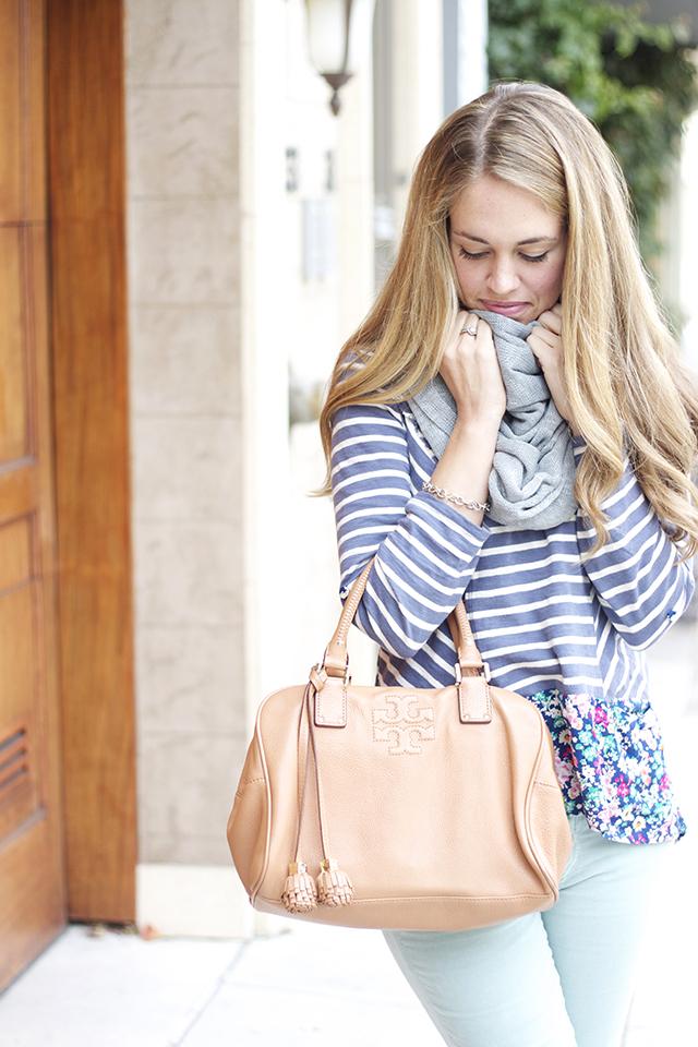 http://michaelanoelledesigns.blogspot.com/2013/11/fashion-mint-pants-floral-top.html