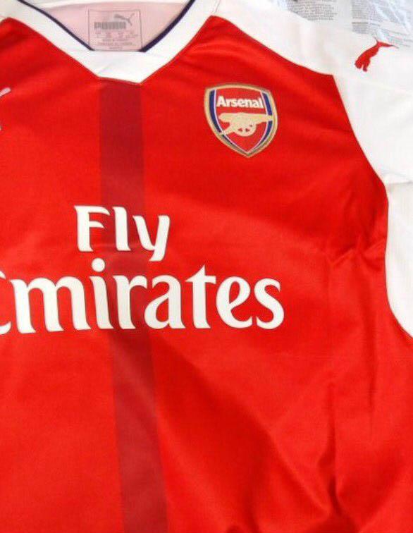 Arsenal-2016-2017-Home-Kit%2B%25282%2529.jpg