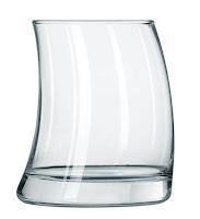 Bardak, Eğri ve Boş İlginç Su Bardağı