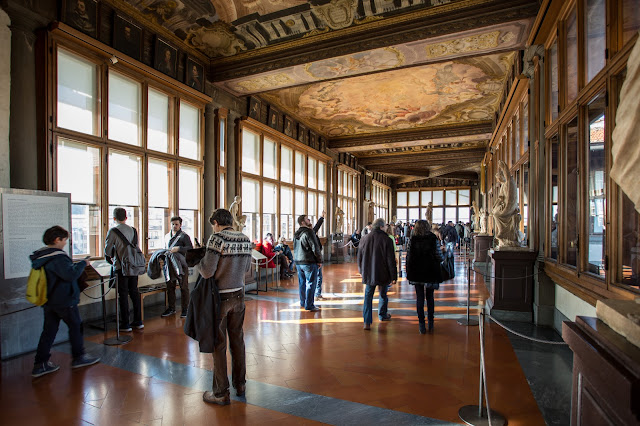 Galeria dels Uffizi :: Canon EOS5D MkIII | ISO100 | Canon 17-40@17mm | f/4.5 | 1/20s