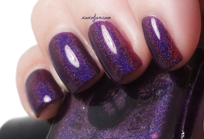 xoxoJen's swatch of Bear Pawlish Aurwens Violet