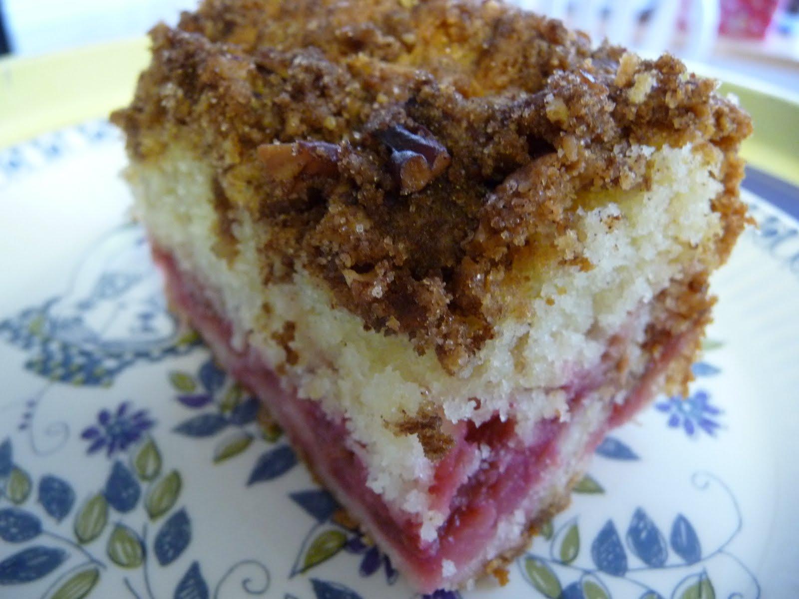 LittleRedSaid.....: Rhubarb Recipe #2- Rhubarb Crunch Cake