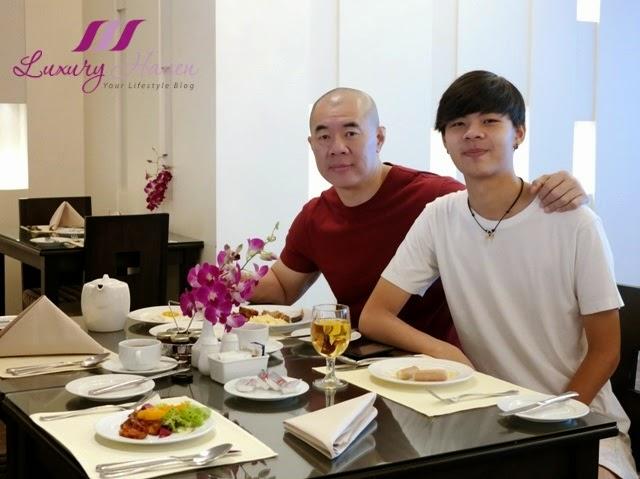 luxury haven reviews concorde hotel premier lounge breakfast