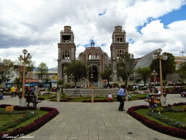 Huaraz, Plaza de Armas, Catedral