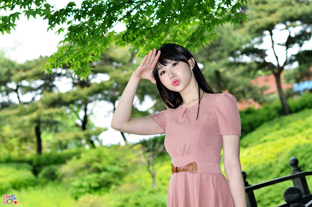 1 Yeon Da Bin in Beige Dress  - very cute asian girl - girlcute4u.blogspot.com